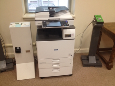 Copier with both 1Card reader and Coin station